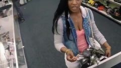(EBONY BLACK MILF!) HUMILIATED SLAVE IN FRONT OF BLACK HUBBY FOR (WMC!)