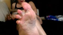Goddess Foot Domination Ignore, Show Sniffing, Feet Adoration And Humiliation